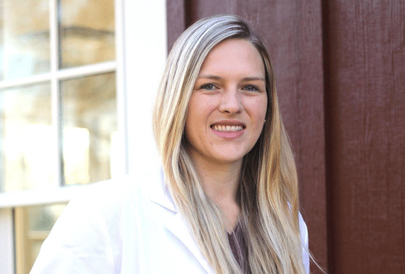DR. AMANDA STEFFEN